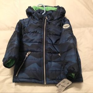 BNWT OshKosh Bgosh toddler winter puffer coat!